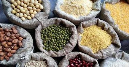 膨化食品加盟提醒老人秋季养生如何饮食?